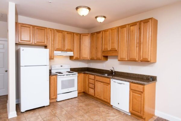 Cleveland Station Townhome 4 Bed 2 Bath Kitchen