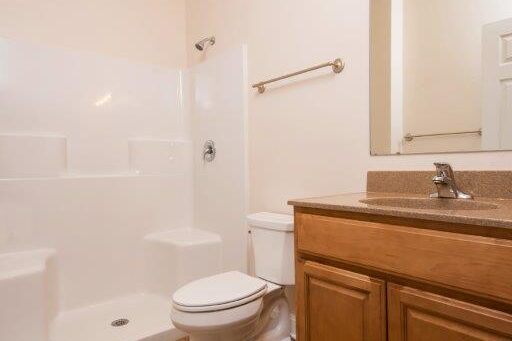 Cleveland Station Townhome 4 Bed 2 Bath