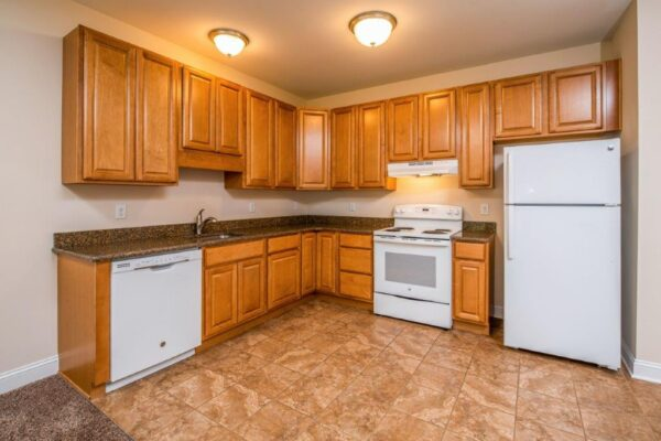 Cleveland Station Townhome 4 Bed 2.5 Bath Kitchen