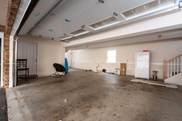 Smyth Court 6 Bed 3 Bath Townhouse Garage